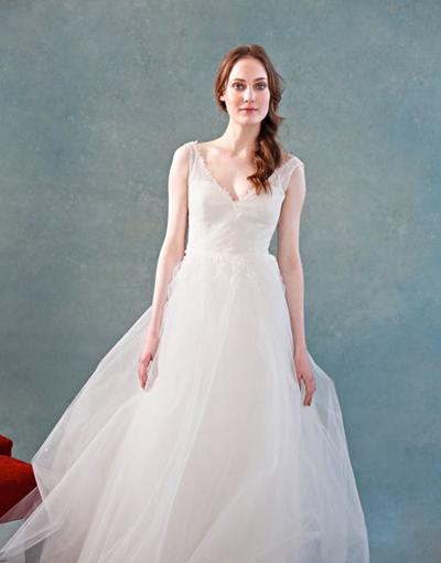 بالصور فساتين العروس انواع عجيبة وجميلة لملابس العرائس 18 51