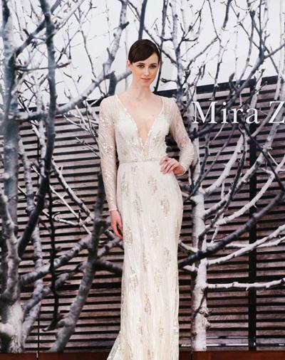 بالصور فساتين العروس انواع عجيبة وجميلة لملابس العرائس 18 54