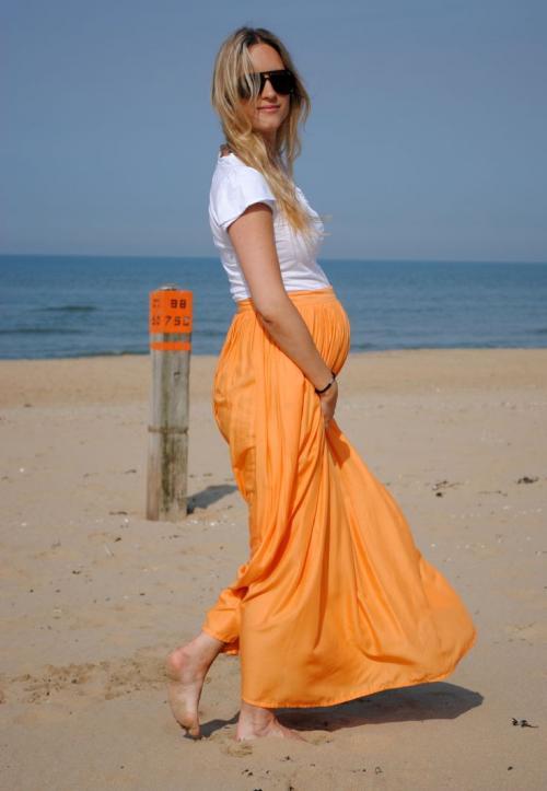 بالصور اجمل ازياء للحوامل نعم انها تحف فنية للحامل 22 4