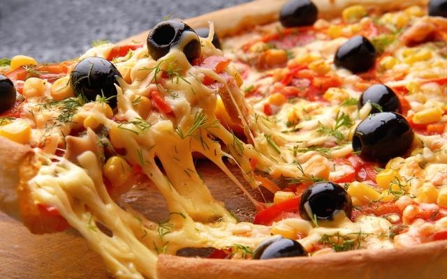 بالصور اكبر بيتزا بالعالم , صور اكبر بيتزا 1081 5