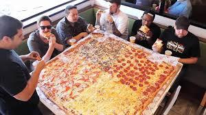 بالصور اكبر بيتزا بالعالم , صور اكبر بيتزا 1081 9