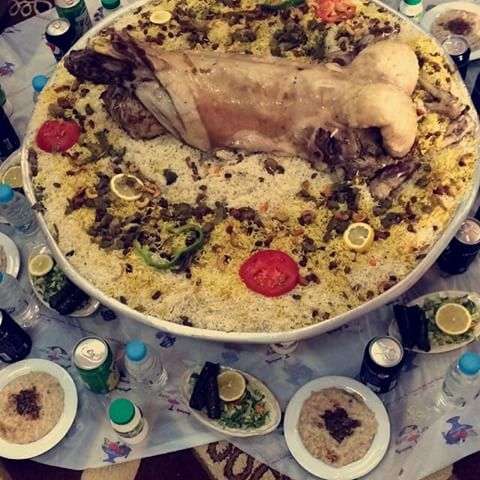 صوره فطور الوليد بن طلال   ,صور فطور فخم جدا