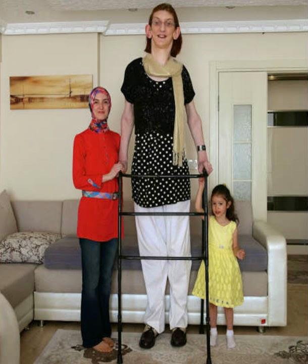 بالصور اطول امراة بالعالم , حسب موسوعة غينيس 2056 1