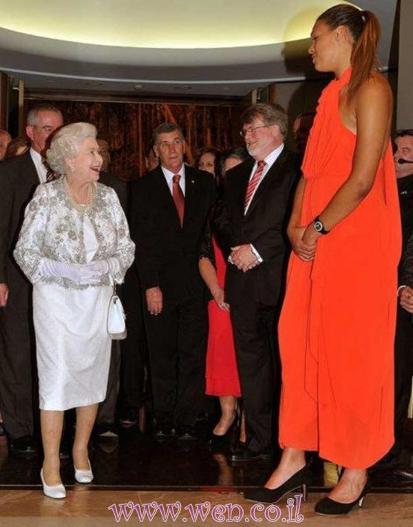 بالصور اطول امراة بالعالم , حسب موسوعة غينيس 2056 9