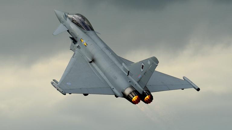 بالصور افضل 10 طائرات مقاتلة في العالم 290 2