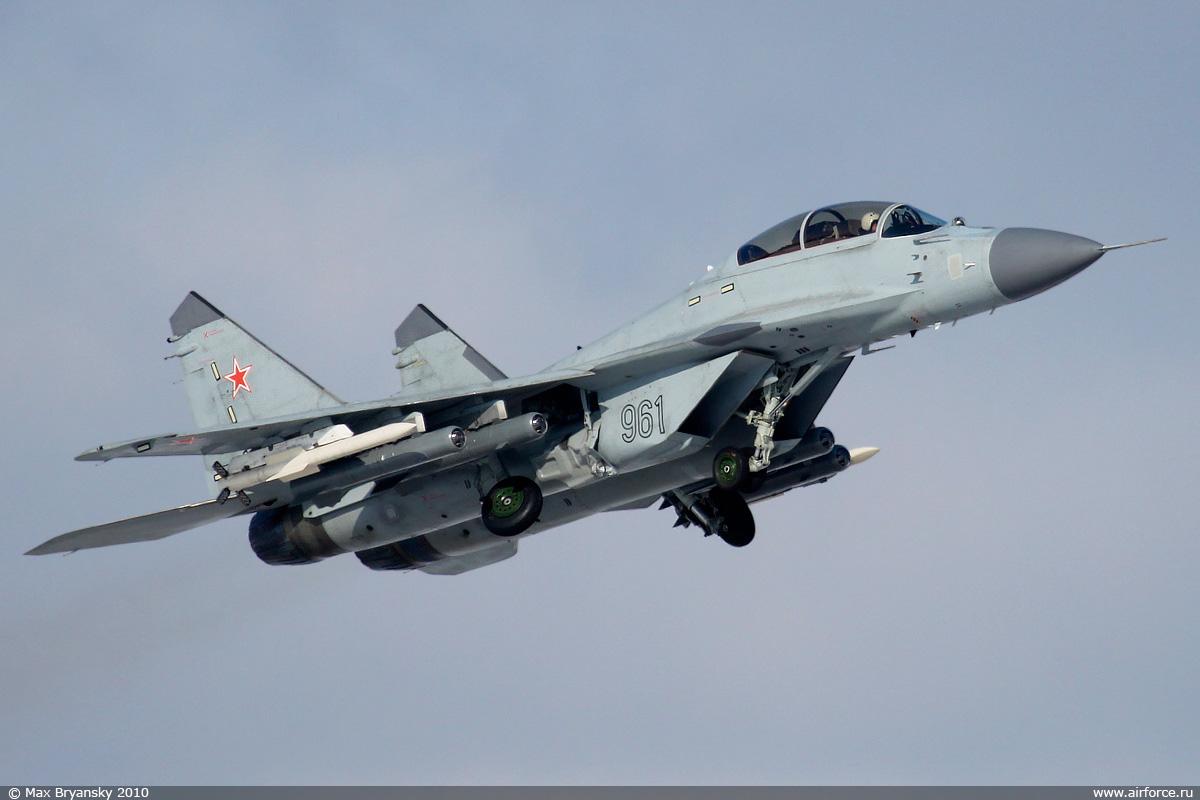 بالصور افضل 10 طائرات مقاتلة في العالم 290 6