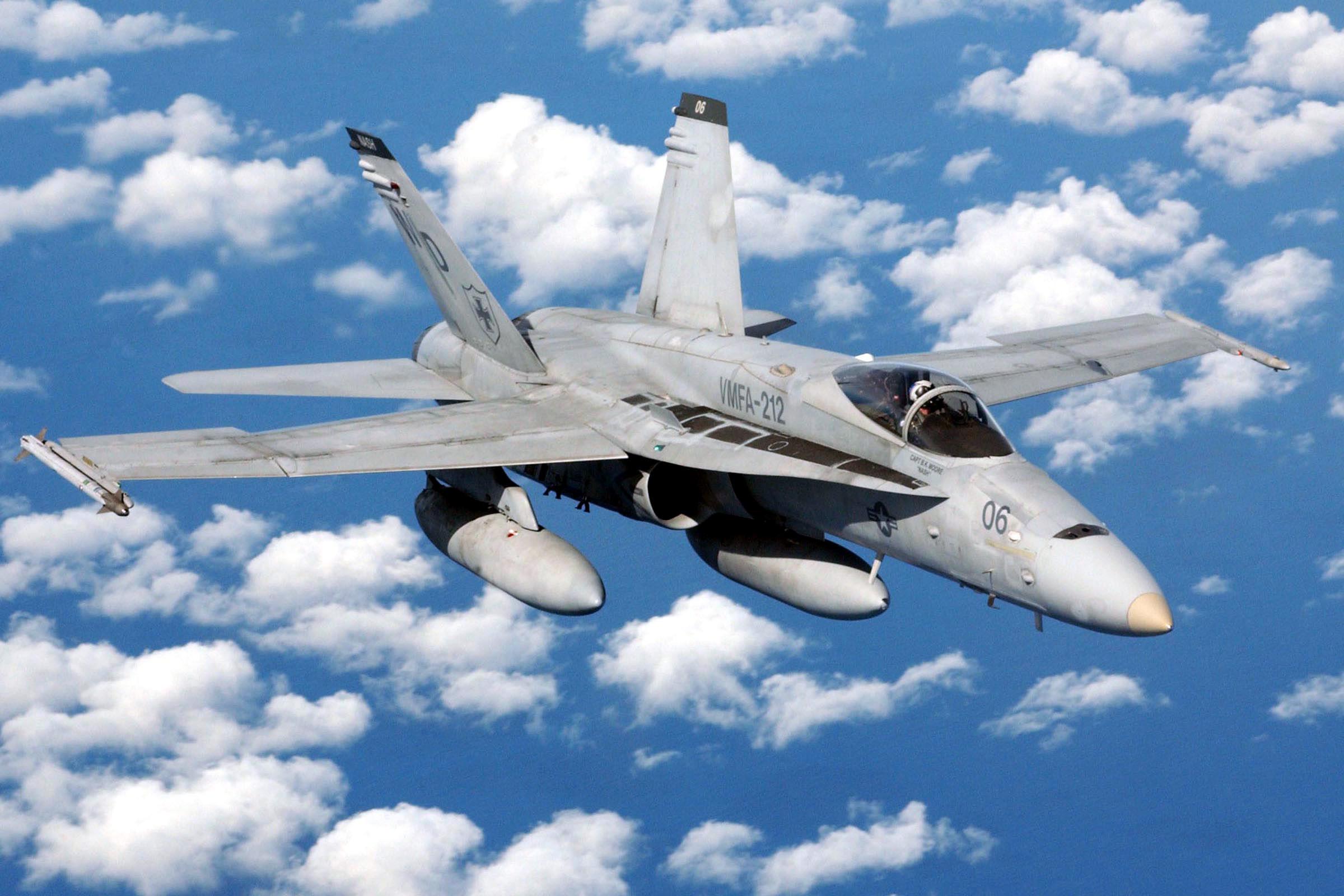 بالصور افضل 10 طائرات مقاتلة في العالم