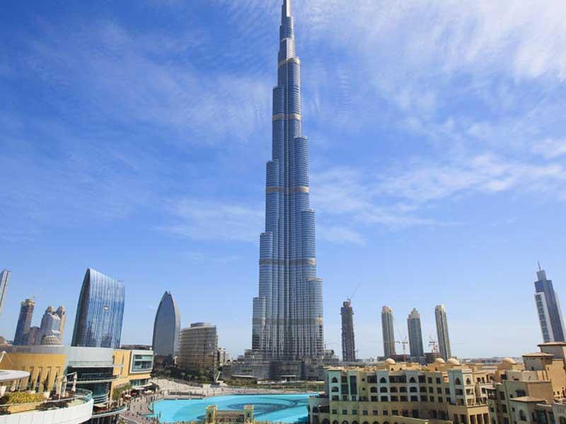 بالصور من اعلى برج دبي يظهر انحناء الكرة الارضية 435 5