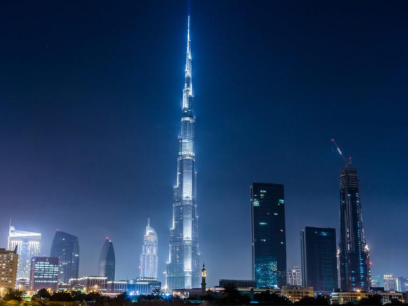 بالصور من اعلى برج دبي يظهر انحناء الكرة الارضية 435 6
