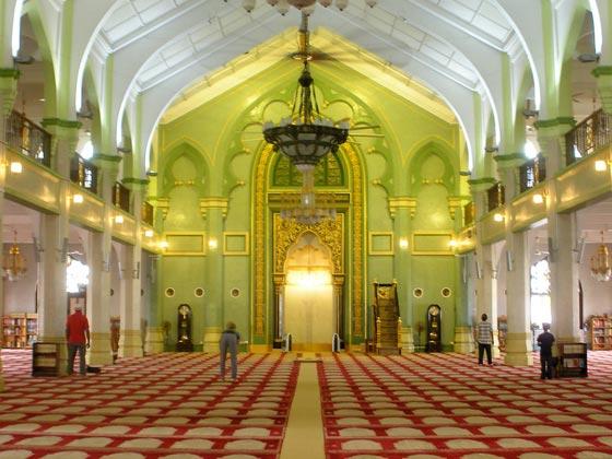 بالصور شوف اروع مساجد العالم مسجد السلطان عمر علي سيف الدين بالصور 465 12