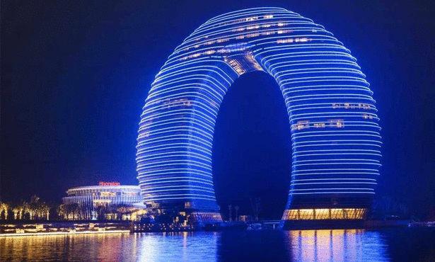 بالصور فندق على شكل شلال في الصين 466 2