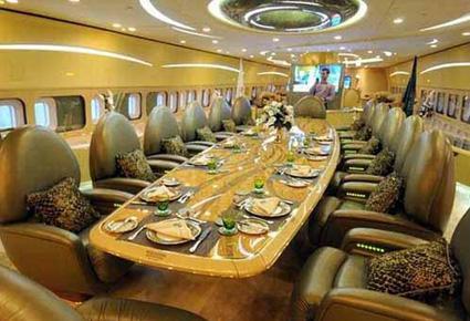 بالصور طائرة الوليد بن طلال الجديدة القصر الطائر 507 7