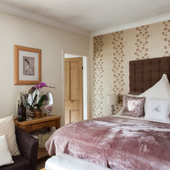 بالصور اجدد غرف نوم صغيرة , اصغر غرفة للنوم لكن فائقة الجمال 7346 4