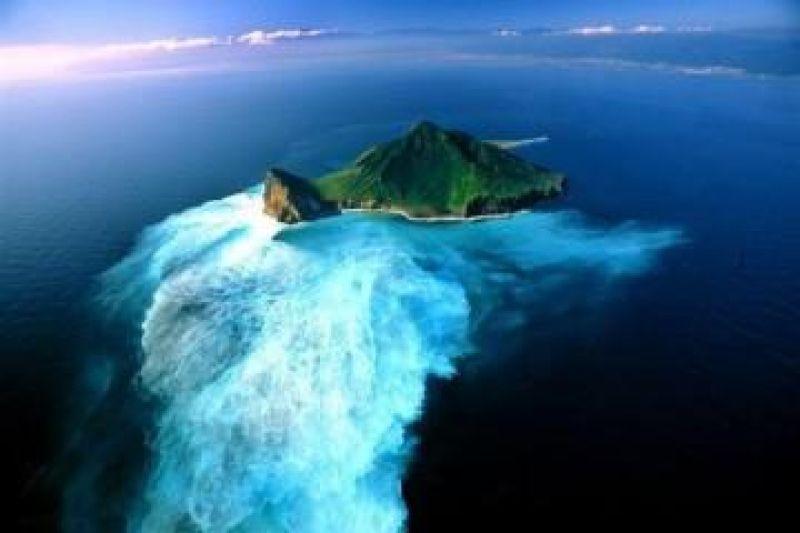 بالصور اغرب جزيرة في العالم , جزر رائعه في العالم 995 7