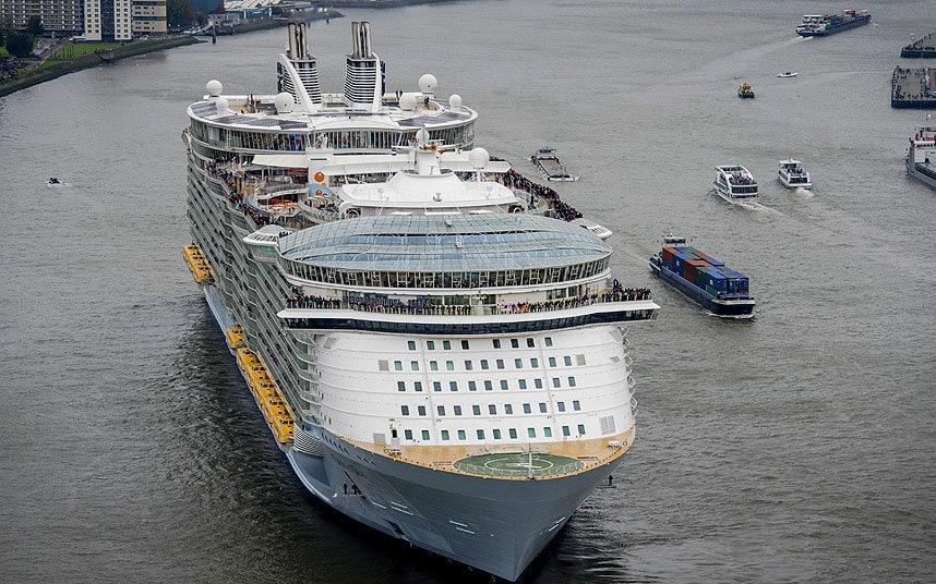 بالصور سفينة تايتنك الجديدة     ,   بالصور  حلم تايتنك الحديثه تعود للابحار قريبا 1481 7