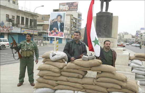 بالصور صور المقاومه العراقيه   , العراق تدافع عن نفسها 1488 6