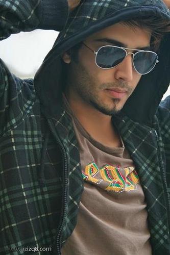 بالصور صور عبدالعزيز سعود     ,    اجمل صور ملك جمال الكويت 1495 7