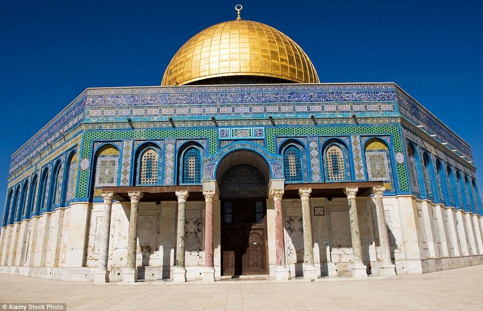 بالصور اجمل مسجد في العالم      ,     صور روعه ومميزه لبيوت الله 1551 7