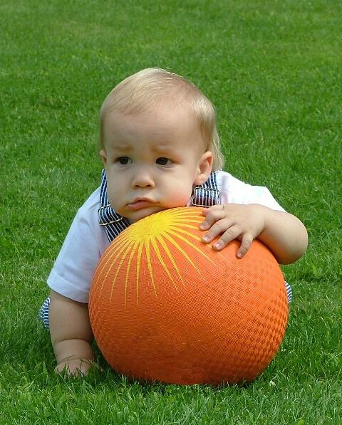 صورة انواع الاطفال بالصور , بالصور سلوكيات اطفال مختلفه