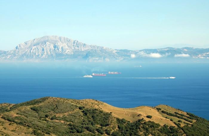 صورة صور لمضيق جبل طارق , الفاصل بين المغرب واسبانيا