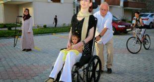 اطول امراه بالعالم , فتاة تركية تدخل جينيس