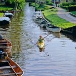 قرية هولندية بلا شوارع , عالم غريب وعجيب