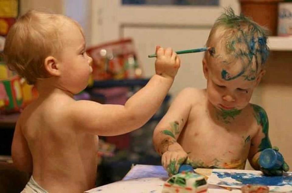 بالصور حركات اطفال مضحكة , اضحك من قلبك مع صور الاطفال 3740 2