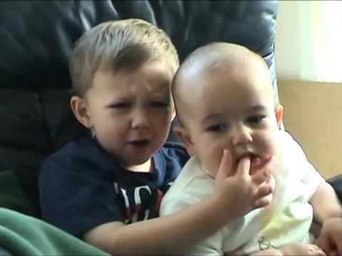 بالصور اجمل طفلين في العالم ,من منا لايعشق الاطفال 4046 7