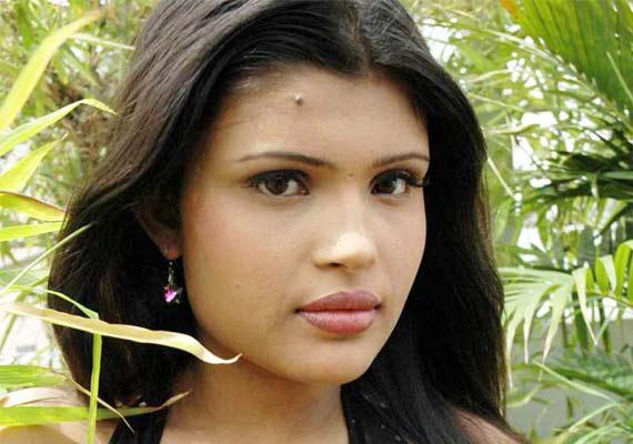 بالصور صور ممثلات هنديات ,  من منا لايحب المشاهير الهنود 4071 5