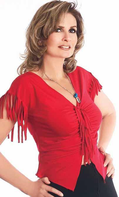 صورة صور الممثلة المصرية يسرا , نجمة السينما و الدراما التليفزيونية