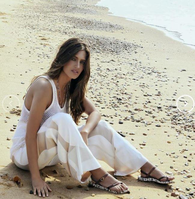 بالصور بنات على شاطئ البحر , صور اطلالة مثيرة للفتيات 2904 2