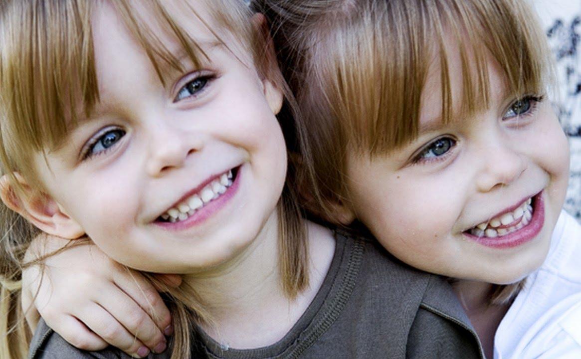 بالصور صور توائم حلوين , اطفال كيوت رائعة 2964 7