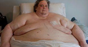 اسمن رجل بالعالم , وفاتة بعد فقدانة نصف وزنة