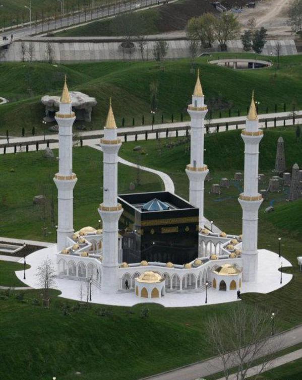 بالصور كعبة في ايران , صور للخلاف الديني بين الشيعة والسعودية 3829 7