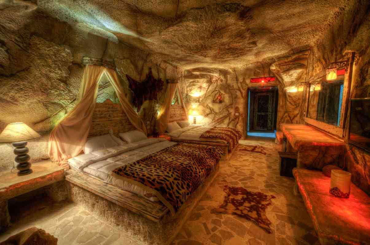 صوره اغرب غرف نوم في العالم  ,  احدث ديكورات غرف نوم المختلفه والمميزه