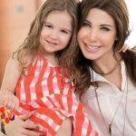 صور ام وبنتها , رمزيات مكتوب عليها عبارات رائعة عن الام