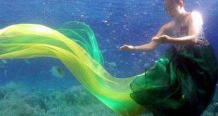 صوره عرض ازياء تحت الماء , صور الفتيات الكوريات في عروض الازياء