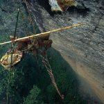 طريق العسل في النيبال , عملية تحتاج لبراعة ومهارة