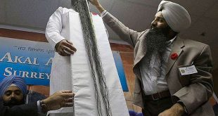 صاحب اطول لحية في العالم , سروان سنغ دخل موسعة جينيس