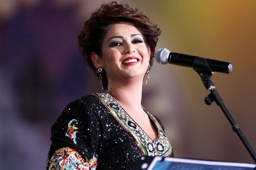 صوره صورشوجي مع امها , النجمة الكويتية الساحرة