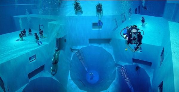 صورة اعمق مسبح في العالم , صور مثيرة ومرعبة قد تدهشك