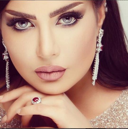 بالصور صور امل العوضي الاعلامية الكويتية واطلالة رائعة 4433