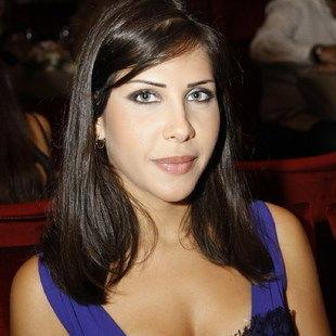 صورة صور نادين عجرم , كاتبة وشقيقة نانسي عجرم