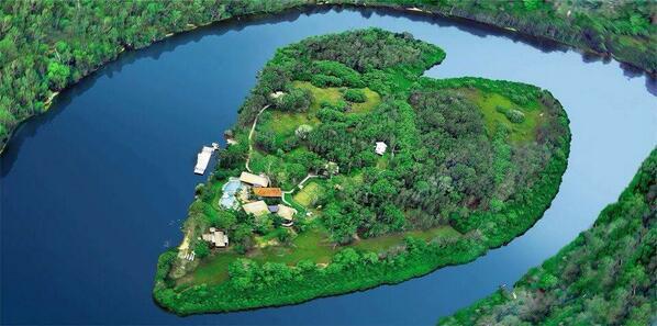بالصور عندما تتحدث الصور , جزر طبيعية علي شكل قلب 4569 2
