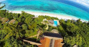 فندق في قلب المحيط , اعجوبة المحيط الهندي
