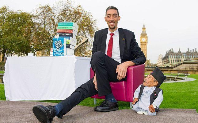 بالصور اطول رجل في العالم , اطول رجل في العالم يتزوج من سورية ويصفها بانها حب حياته 4706 7