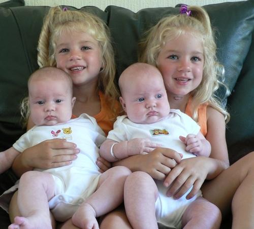 بالصور صور اطفال يهبلون صور اطفال يهبلو , براءه الاطفال بصور مختلفه 4725 2