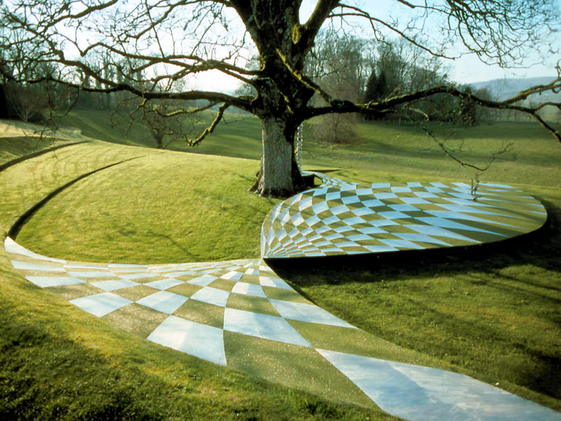 صوره حديقة التكهنات الكونية في اسكتلندا , افضل صور لحدائق غريبه حول العالم