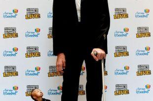 صور اطول رجل فى العالم , صور رجل طويل جدا
