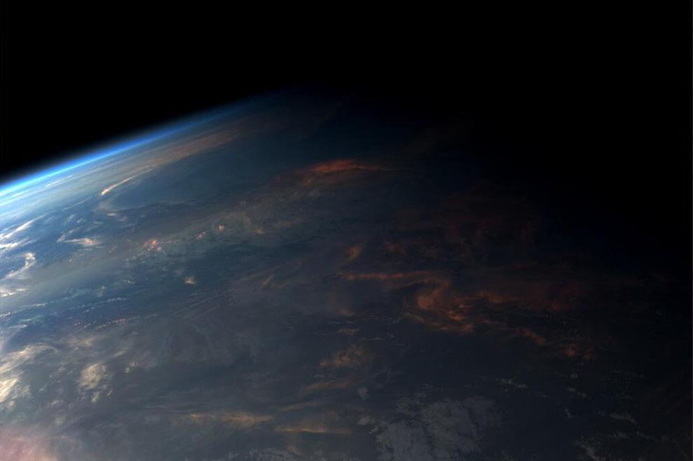 صوره صورة الخط الفاصل بين الليل والنهار , صور الخيط الرفيع بين النور والظلام